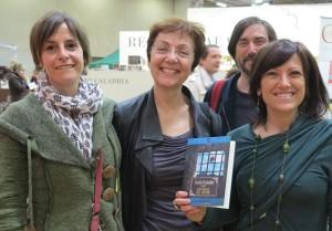 Da sinistra, Francesca Ferrua, l'autrice turca Feride Cicekoglu, Eva Capirossi e, in secondo piano, Stefano Delmastro