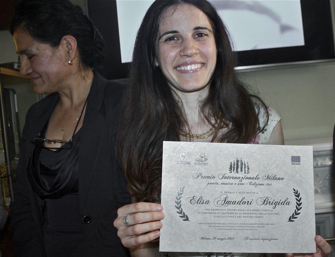 L'autrice riceve il Premio Internazionale Milano per la Poesia 2014.