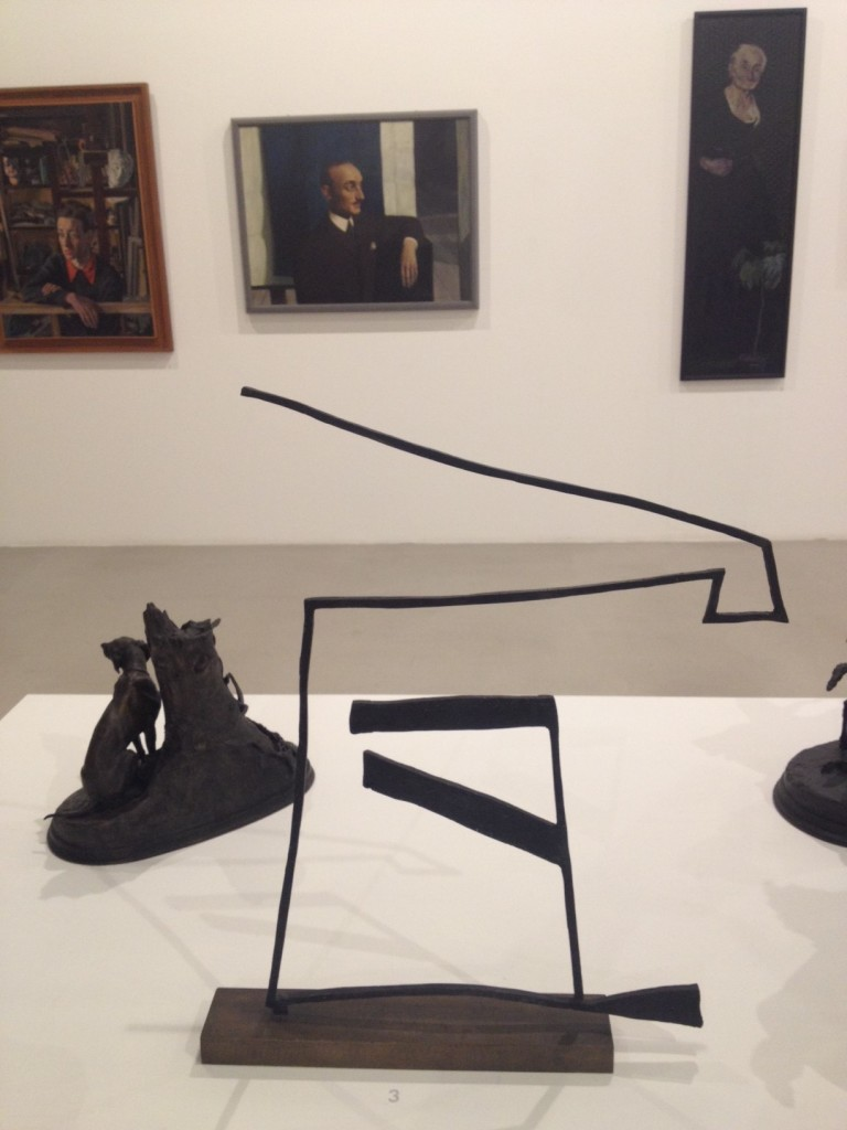 10 scultura astratta
