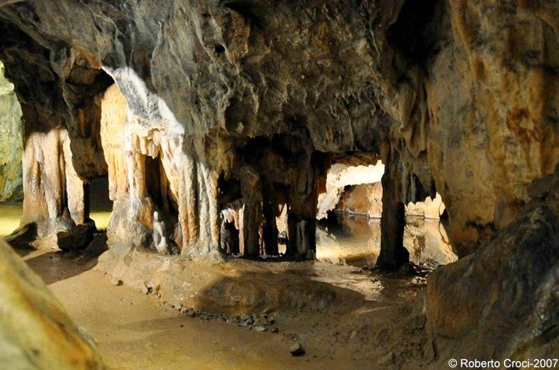 Grotta dei Dossi (Roberto Croci)