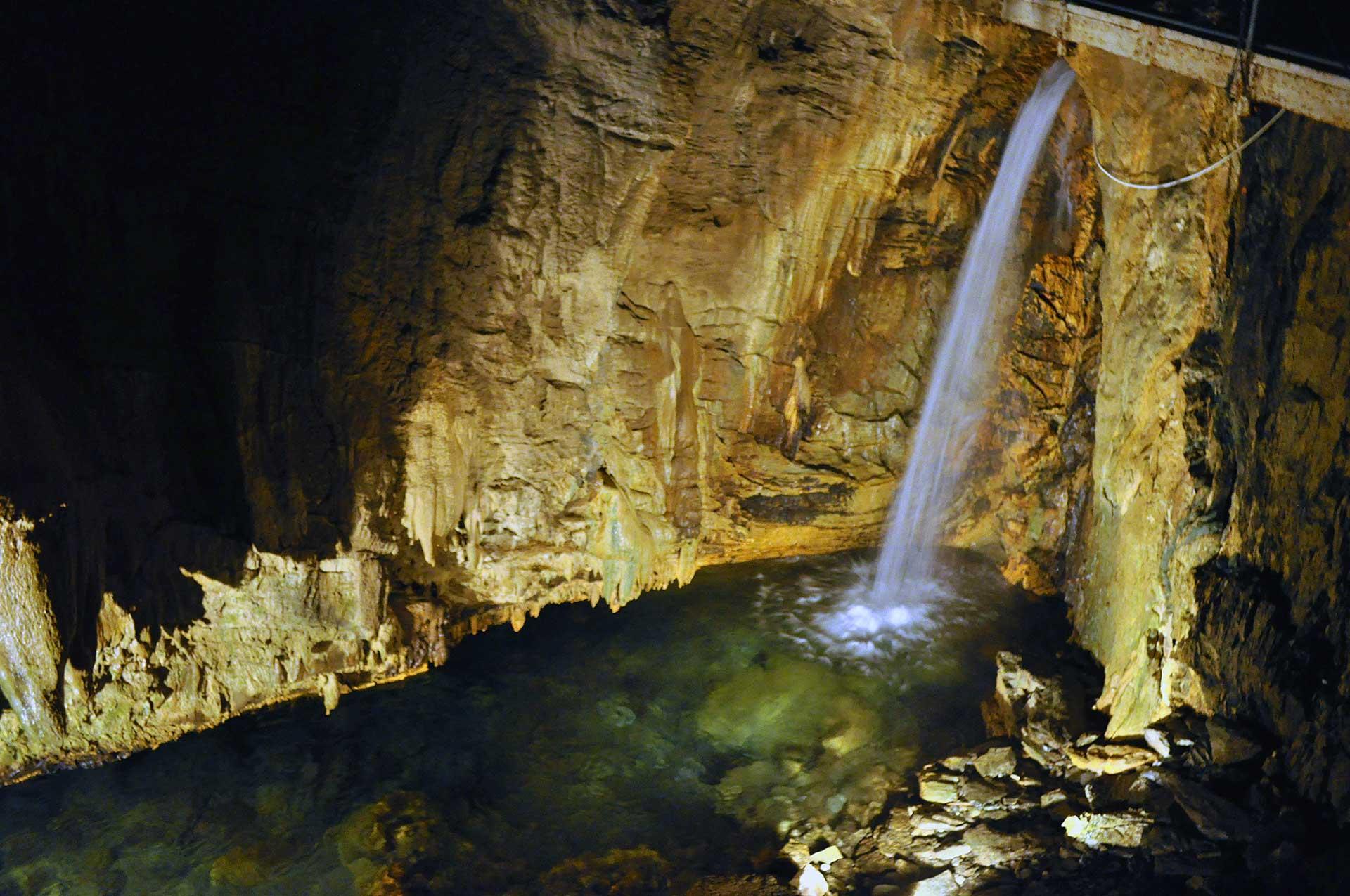 Grotte-di-Bossea
