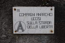 ai compagni anarchici