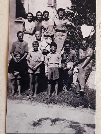 a-proposito-di-una-foto-di-famiglia-ev