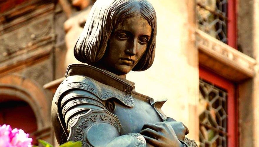 Statua di Giovanna a Orleans