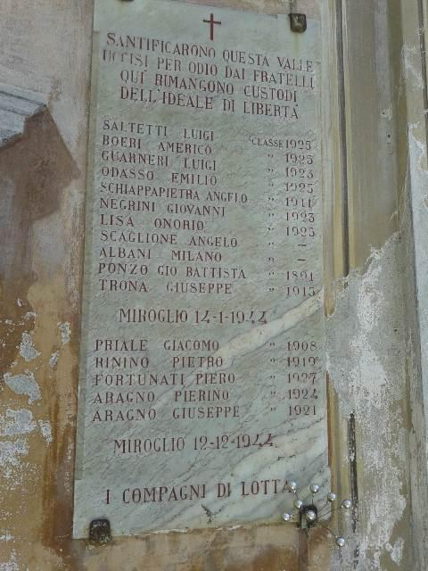 3_lapide-commemorativa-posta-sulla-chiesetta-del-pellone-vid